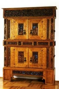 wartburg stiftung zweigeschossiger schrank d rerschrank museum digital th ringen. Black Bedroom Furniture Sets. Home Design Ideas